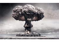 Bomba Atomica (palhaco) - Imagens Militares