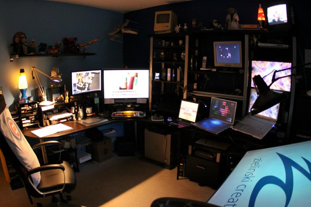 Ideias para quarto escritório ou sala de games geek